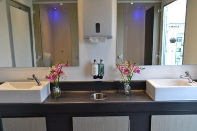 3 + 1 Luxury Toilet Trailer Washroom
